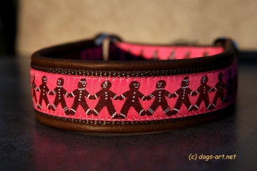 dogs-art Gingerbread Men Martingale Leather Collar - dark brown/brown/gingerbread men pink